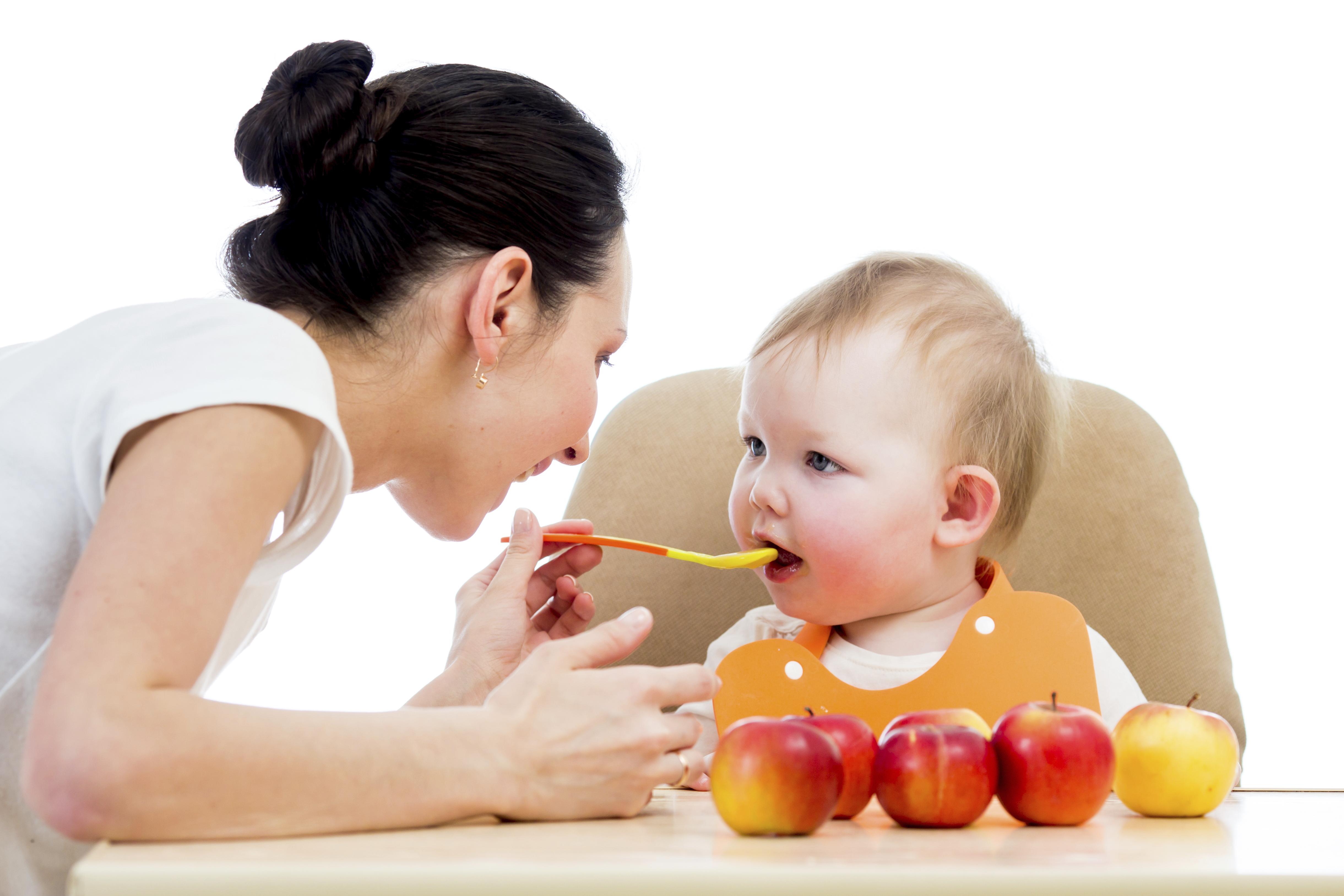 Feeding Babies Healthy Foods